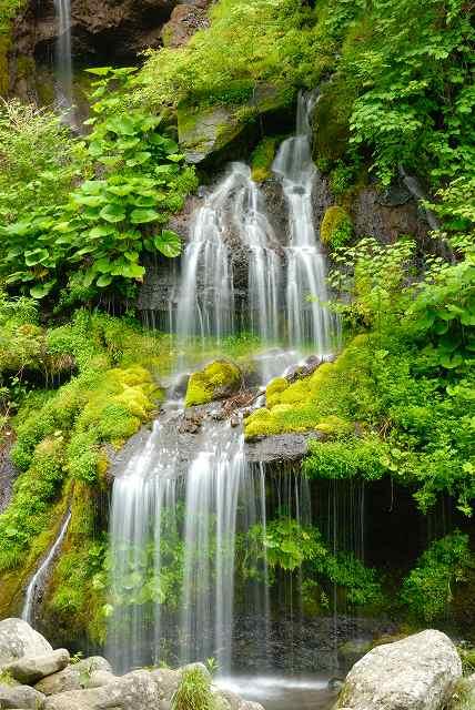滝の水しぶき・・